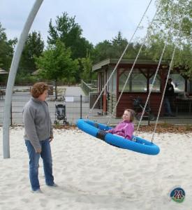 Anna og Elin i Givskud Zoo